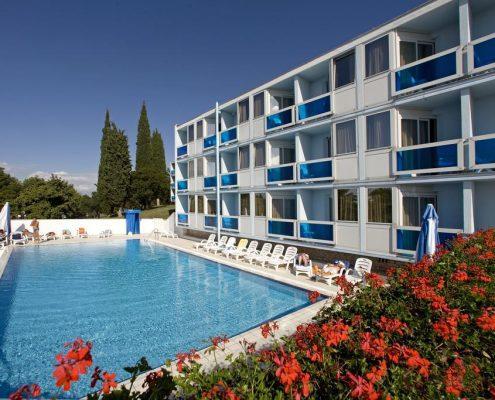 Hotel Plavi 3*